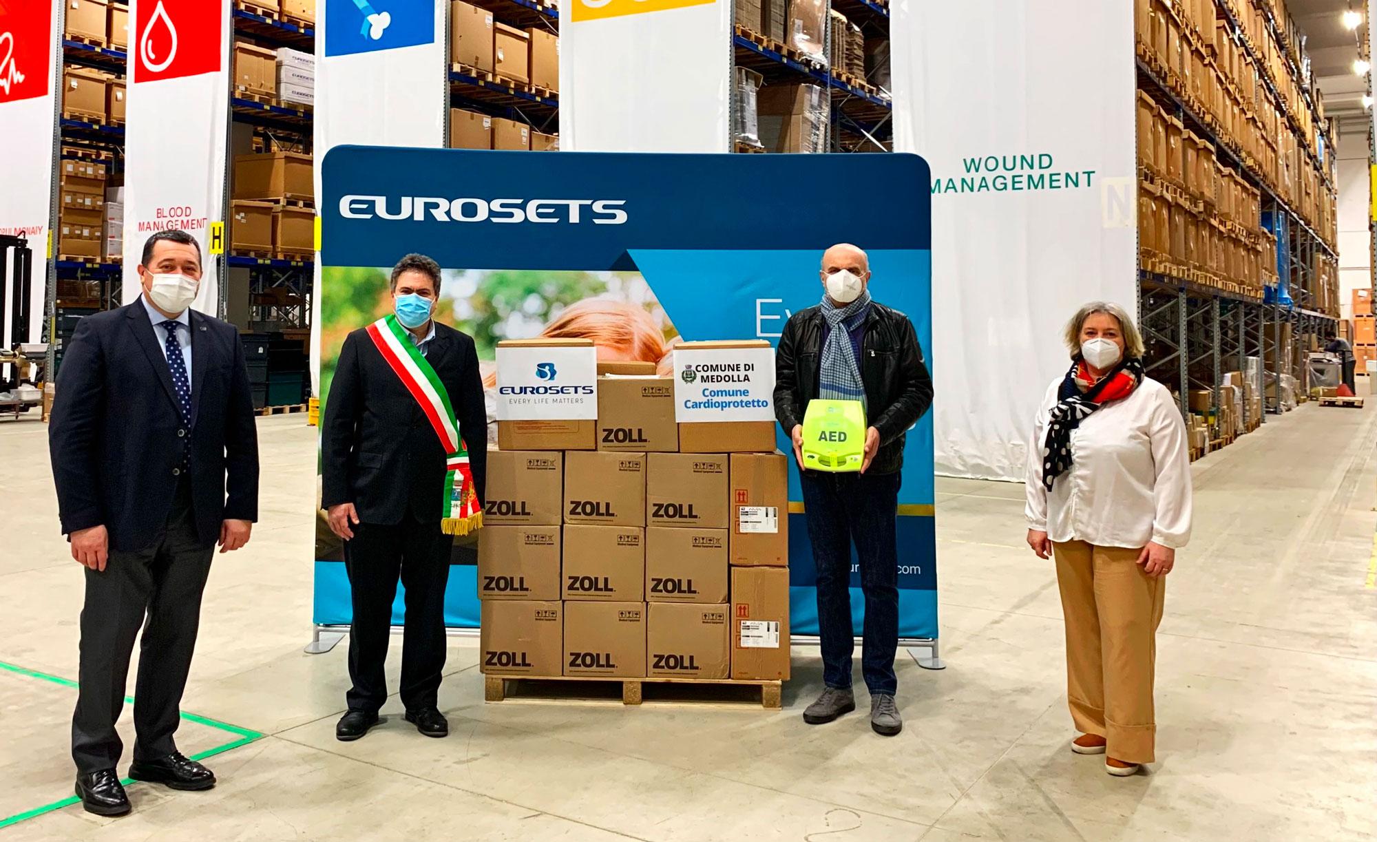 Eurosets dona 10 defibrillatori al comune di Medolla