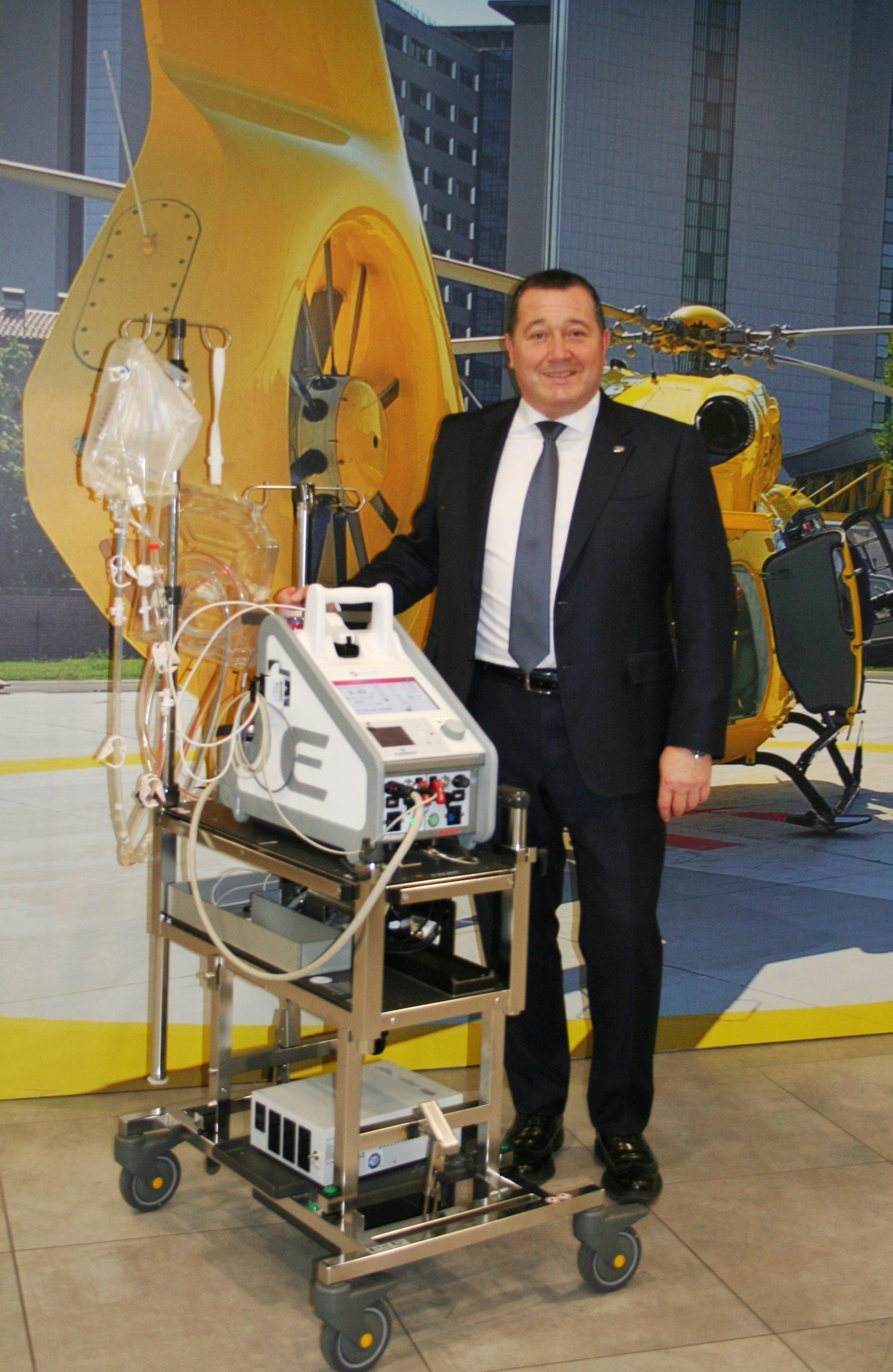 Primo utilizzo in ambulanza di sistema di supporto circolatorio extracorporeo su paziente in attesa di trapianto polmonare